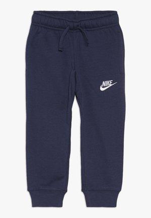 CLUB CUFF PANT - Pantalones deportivos - midnight navy