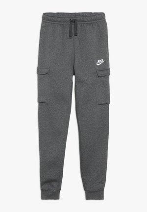 CLUB CARGO PANT - Pantalon de survêtement - charcoal heather/anthracite/white