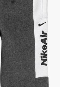 Nike Sportswear - Pantalon de survêtement - charcoal heather - 3