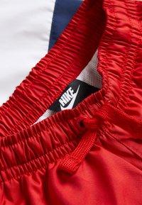 Nike Sportswear - BLOCK - Short - university red/midnight navy/white/black - 3