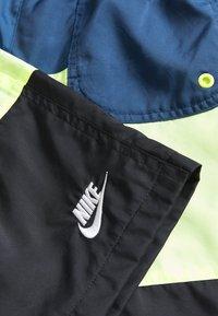 Nike Sportswear - BLOCK - Short - blue force/barely volt/black/white - 3