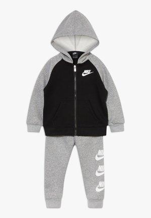 MULTI FUTURA SET - veste en sweat zippée - dark grey heather