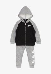 Nike Sportswear - MULTI FUTURA SET - veste en sweat zippée - dark grey heather - 6