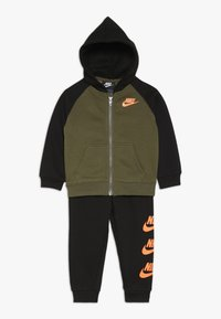 Nike Sportswear - MULTI FUTURA BABY SET - Trainingspak - black - 0
