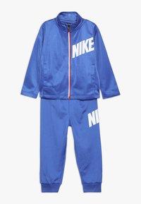 Nike Sportswear - CORE BABY SET - Sportovní bunda - game royal - 0