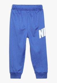 Nike Sportswear - CORE BABY SET - Sportovní bunda - game royal - 2