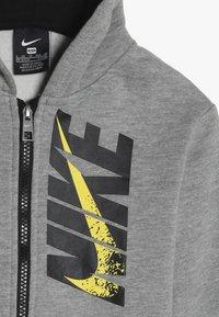 Nike Sportswear - LEBRON PANT SET - Tepláková souprava - dark grey heather - 6