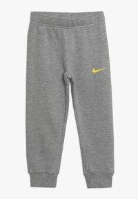 Nike Sportswear - LEBRON PANT SET - Tepláková souprava - dark grey heather - 2