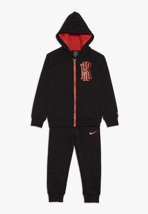 KYRIE PANT SET - veste en sweat zippée - black