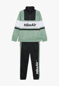 Nike Sportswear - AIR TRACKSUIT - Giacca sportiva - silver pine/black/white - 0