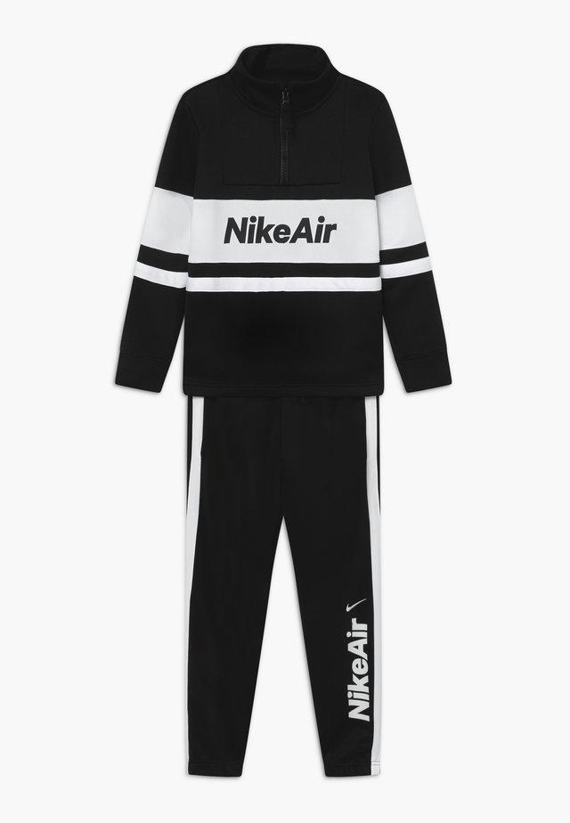 AIR TRACKSUIT - Training jacket - black/white