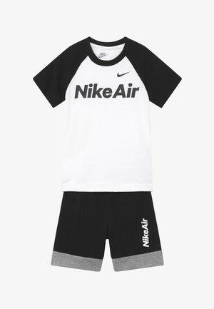 AIR FRENCH SET - Teplákové kalhoty - black