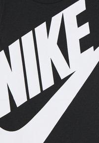 Nike Sportswear - FUTURA ROMPER BABY - Combinaison - black - 3