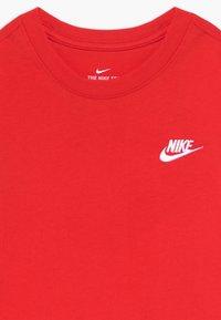 Nike Sportswear - TEE FUTURA - T-shirt basique - university red - 3