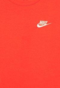 Nike Sportswear - TEE FUTURA - Basic T-shirt - track red/white - 2