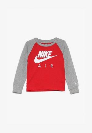 AIR RAGLAN - Long sleeved top - university red