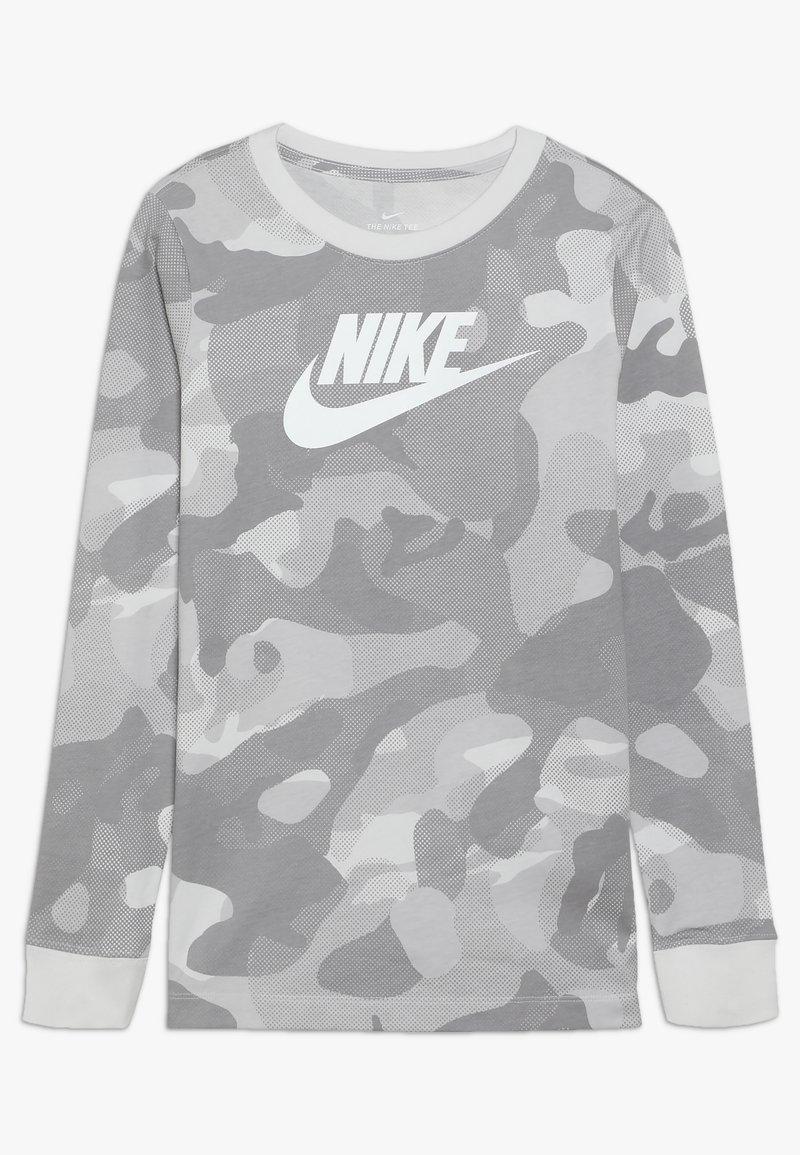Nike Sportswear - CAMO - Long sleeved top - platinum tint/vast grey