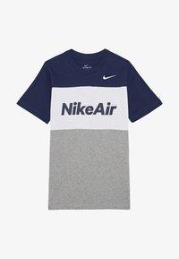 Nike Sportswear - Print T-shirt - midnight navy/white/grey heather - 2