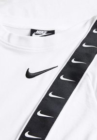 Nike Sportswear - TEE TAPE - Print T-shirt - white - 3