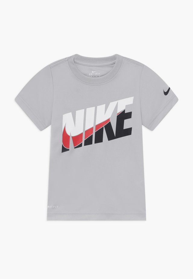 PERFORMANCE - T-shirt print - light smoke grey