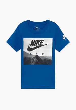 FUTURA AIR VIEW  - Print T-shirt - game royal