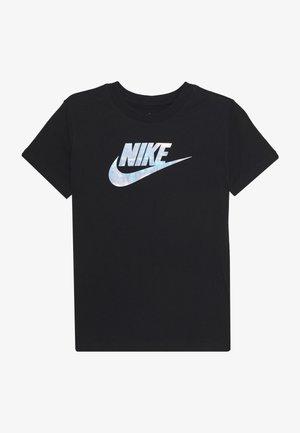 TEE FUTURA IRIDESCENT - T-shirt z nadrukiem - black