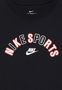 Nike Sportswear - TEE GET OUTSIDE - T-shirt imprimé - black - 3