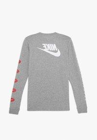 Nike Sportswear - TEE FUTURA - Longsleeve - grey heather - 1