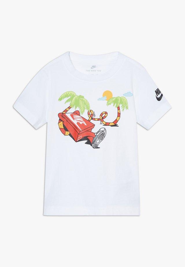 BOYS ERMSY TEE - T-shirt med print - white