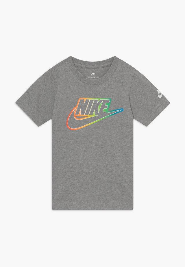 FUTURA BLEND TEE - T-shirt med print - grey heather