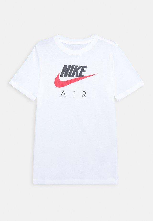 TEE AIR - Camiseta estampada - white
