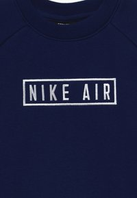 Nike Sportswear - AIR CREW - Sweater - blue void/university red/white - 3