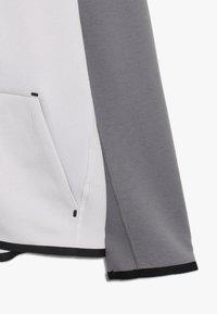 Nike Sportswear - TECH FLEECE ESSENTIALS - Hoodie met rits - vast grey/gunsmoke/black - 2