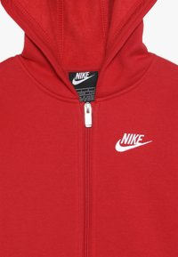 Nike Sportswear - CLUB HOODIE - Bluza rozpinana - university red - 2