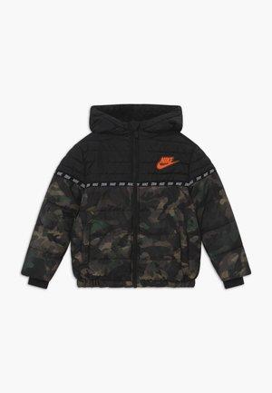 FILLED - Winter jacket - khaki