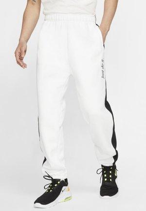 JDI  - Pantalon de survêtement - white/black