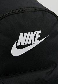 Nike Sportswear - HERITAGE - Rugzak - black/white - 6