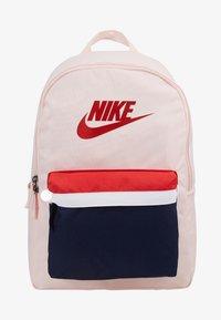 Nike Sportswear - HERITAGE - Reppu - echo pink - 5
