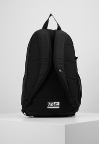 Nike Sportswear - Y NK ELMNTL BKPK - GFX FA19 - School set - black/white - 3