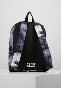 Nike Sportswear - CLASSIC  - Rugzak - black/lemon - 3