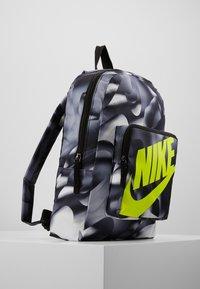 Nike Sportswear - CLASSIC  - Rugzak - black/lemon - 4