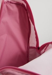 Nike Sportswear - CLASSIC - Batoh - magic flamingo/cerulean - 2