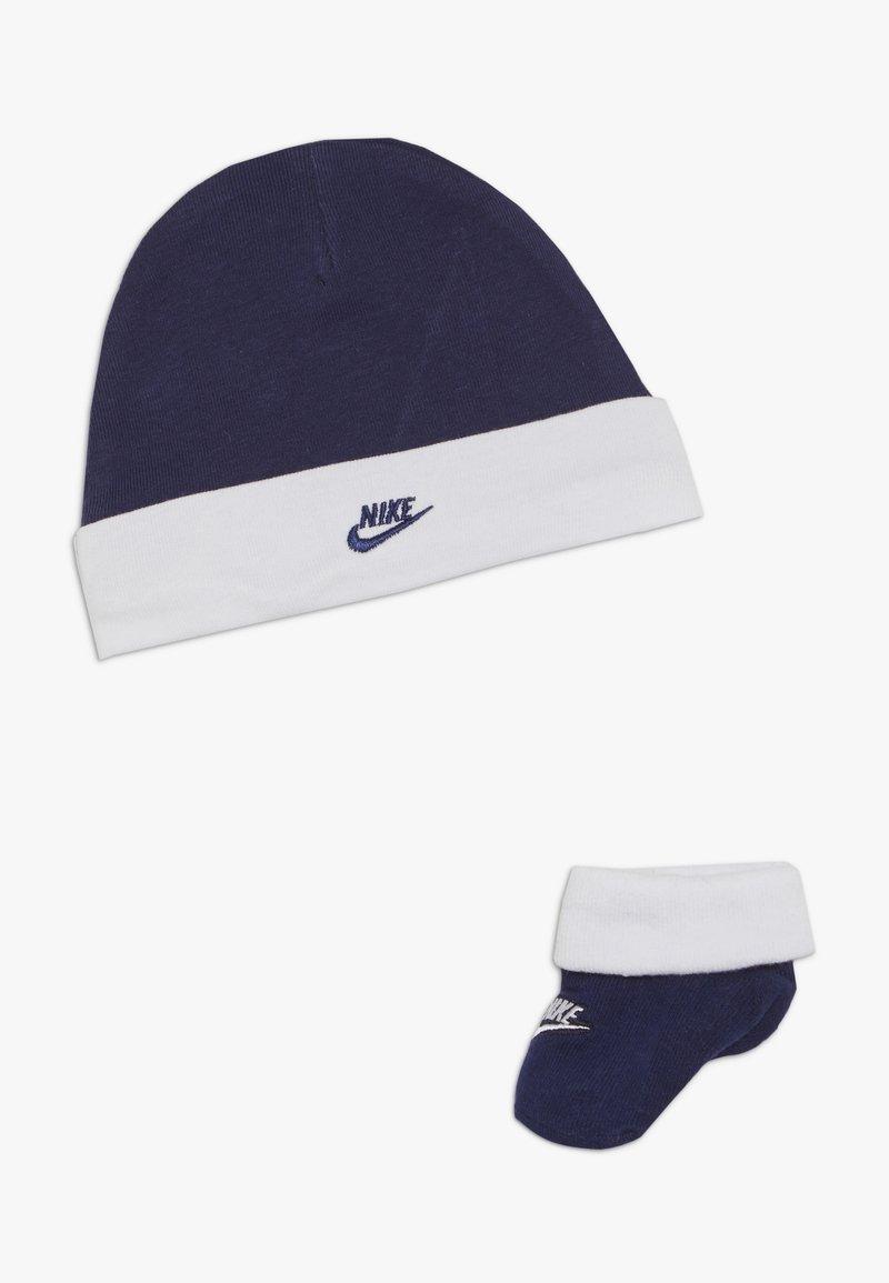 Nike Sportswear - FUTURA HAT AND BOOTIE BABY SET - Bonnet - blue void