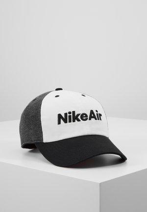 AIR - Kšiltovka - black/white/carbon heather
