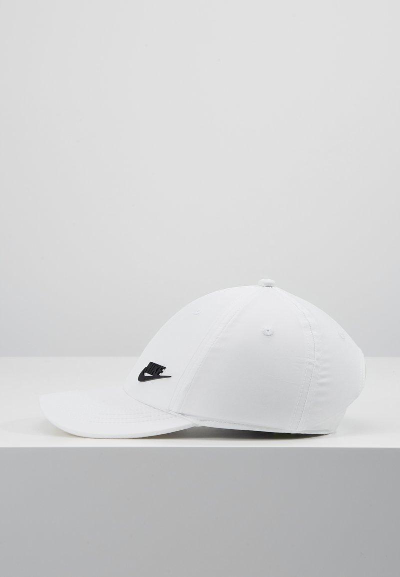 Nike Sportswear - METAL FUTURA - Kšiltovka - white