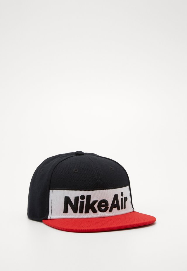 NSW NIKE AIR FLAT BRIM - Pet - black