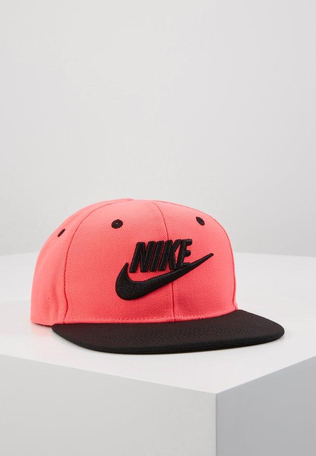 TRUELIMITLESSSNAPBACK - Cap - racer pink