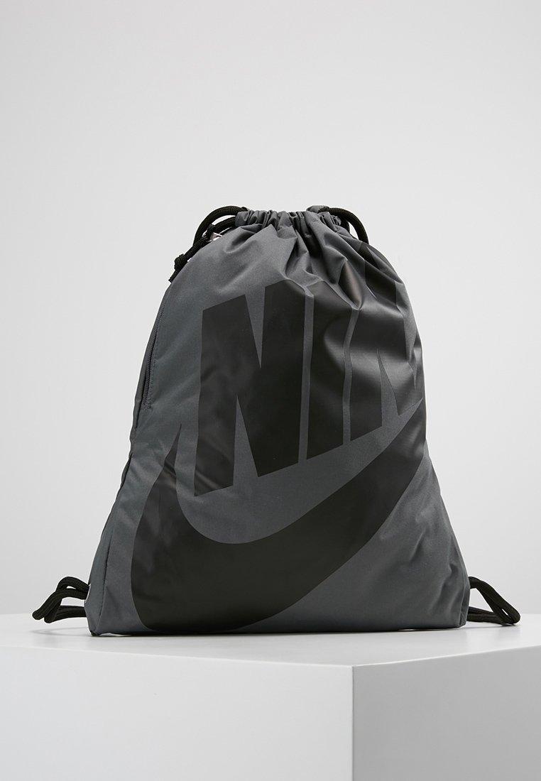 Nike Sportswear - HERITAGE GYMSACK - Mochila - grau/schwarz