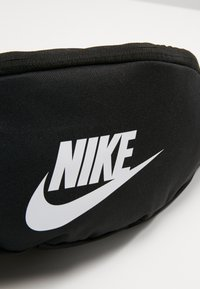 Nike Sportswear - HERITAGE HIP PACK - Bum bag - black/white - 4