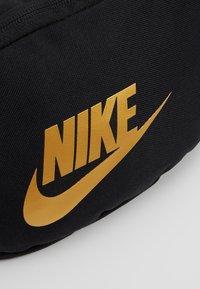 Nike Sportswear - HERITAGE HIP PACK - Gürteltasche - black - 7